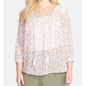 True by Vince Camuto Peasant Top
